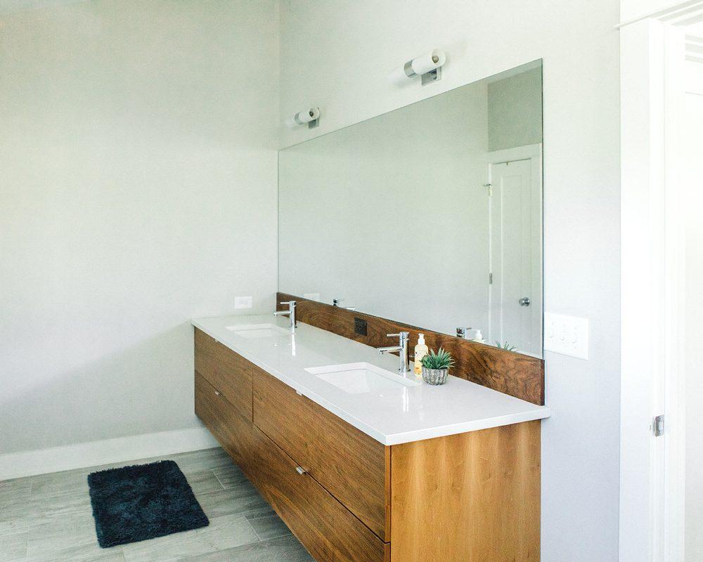 471 Master Bathroom